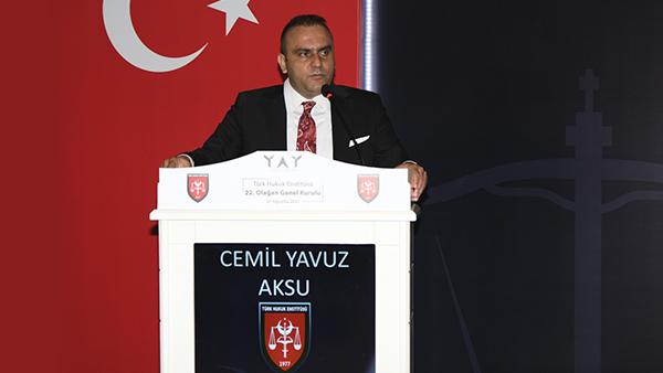 Türk Hukuk Enstitüsü'nde Yeni Başkanı Belli Oldu